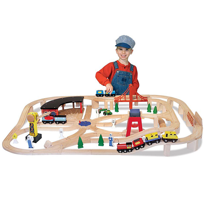 Melissa & Doug Deluxe Wooden Railway Set Review