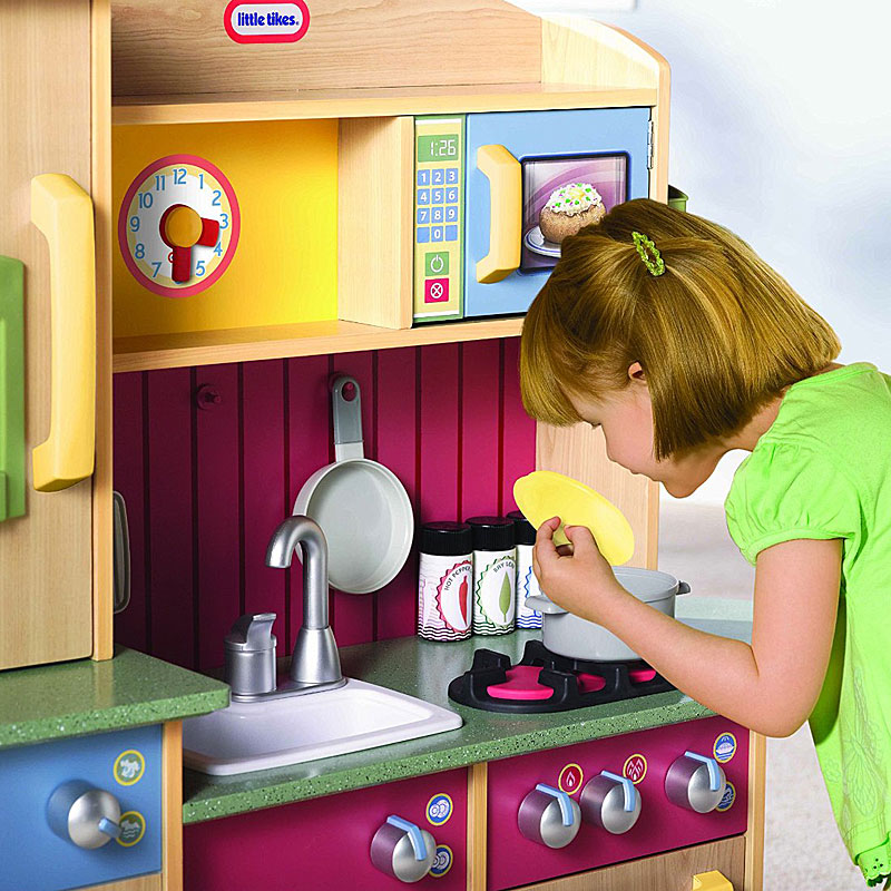 Little Tikes Premium Cooking Creations Wood Kitchen Review