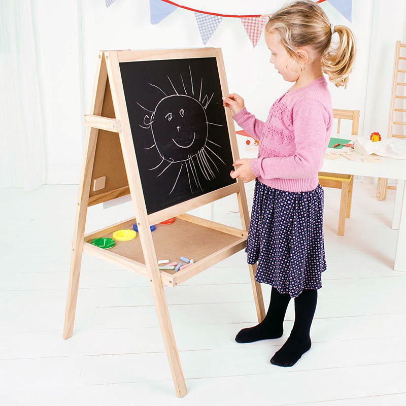 Bigjigs Toys Junior Art Easel - Whiteboard, Blackboard,
